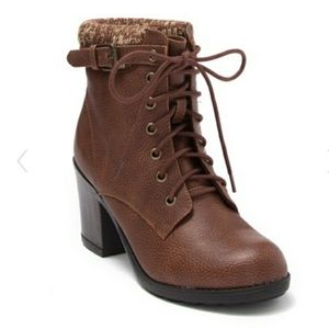 New Mia Ruby Luggage Boots